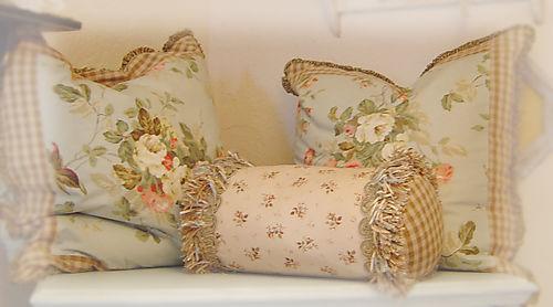Pillows 0051