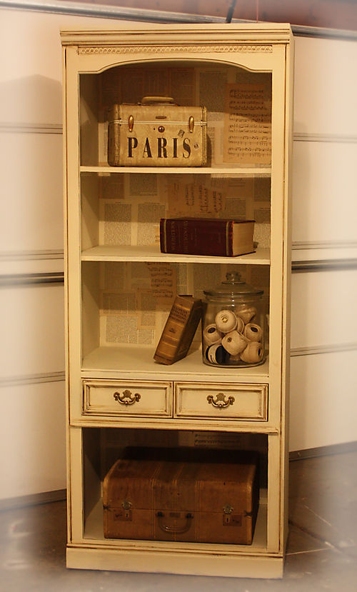 A bookshelf 004