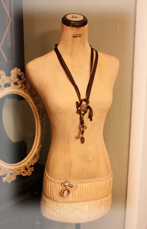 A new dressform 0061