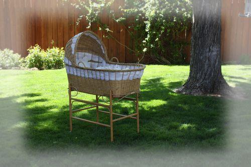 Vintage bassinette