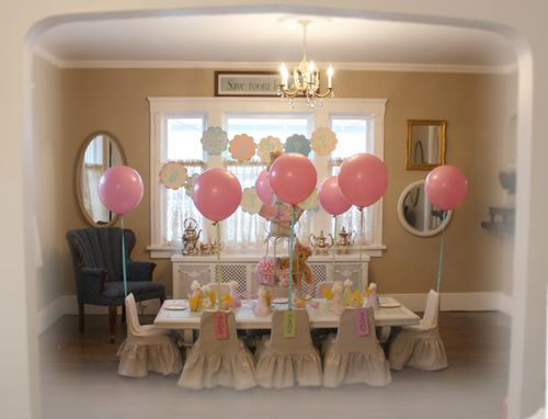 A childs birthday party 3