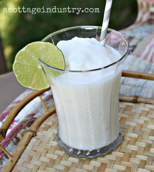 Coconut limeade smoothies close up