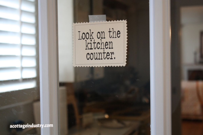 pie, follow the sign, note