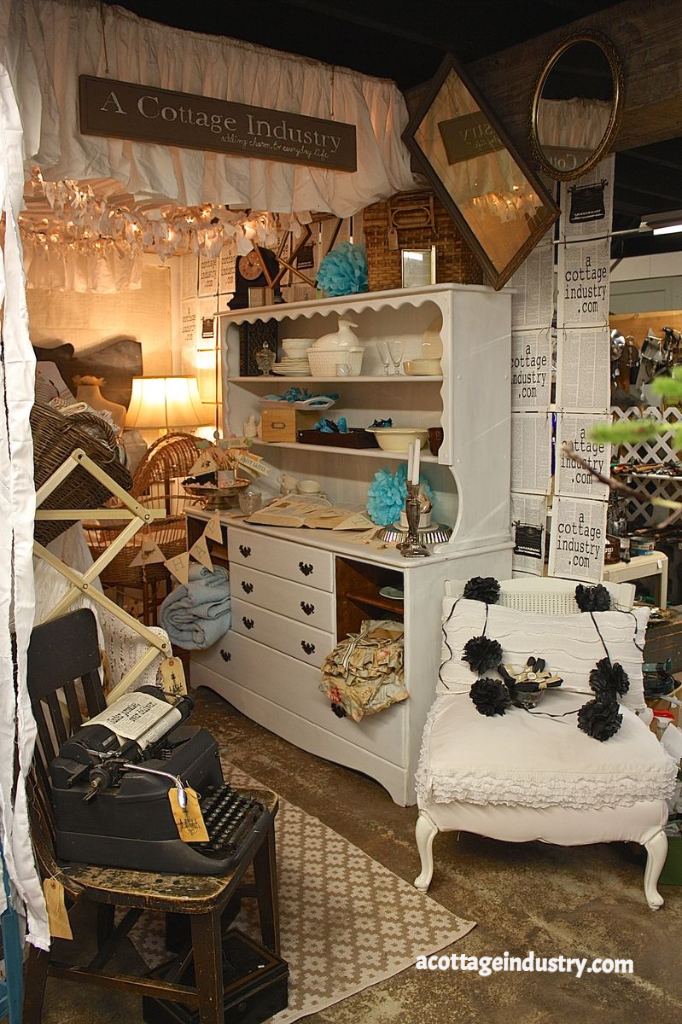 camas antiques, a cottage industry, booth space, junk