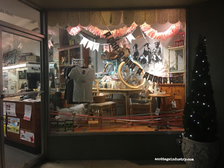 camas antiques small window display