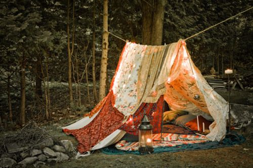 Tent from sheets