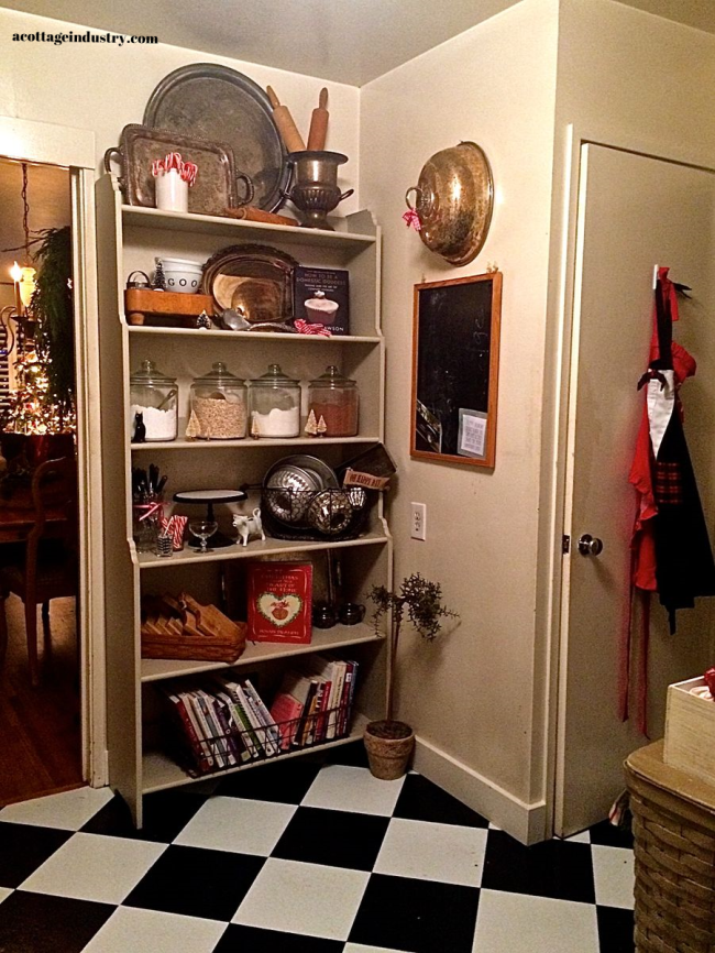 kitchen, chritmas kitchen, black and white floor, vintage bookcase,cottage kitchen