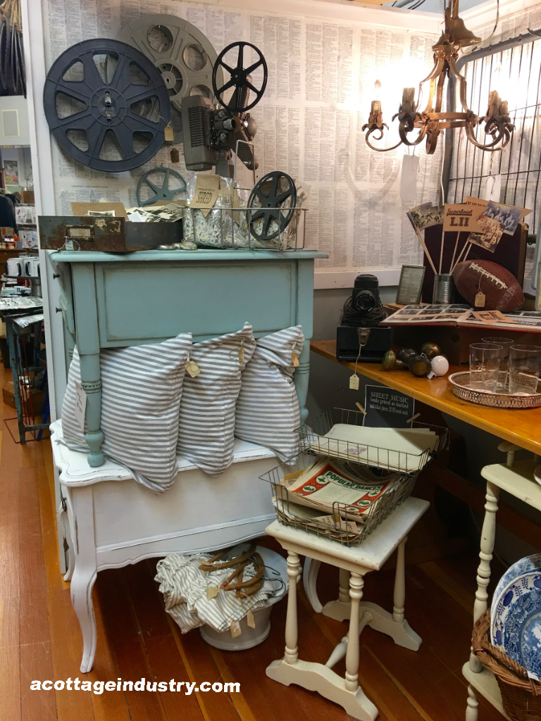 Camas Antiques booth space January 2018