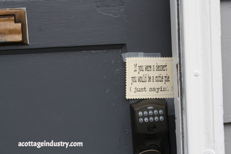 cutie pie, sign, love note
