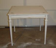 A_table_005_5