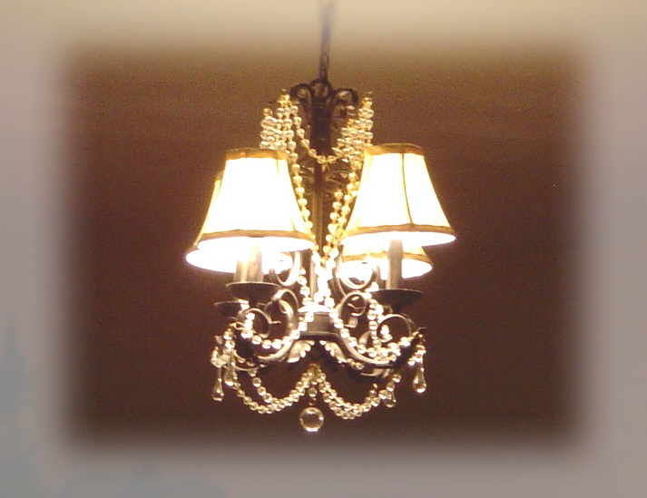 A_chandelier