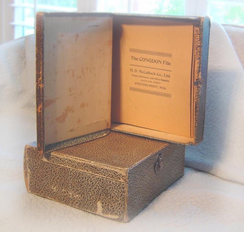 A_book_box_2