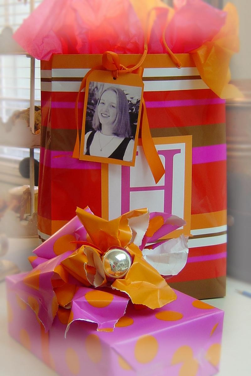 Gift_wrap_180_3