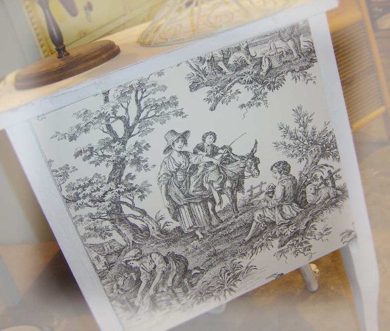 A_toile_night_table_back_2