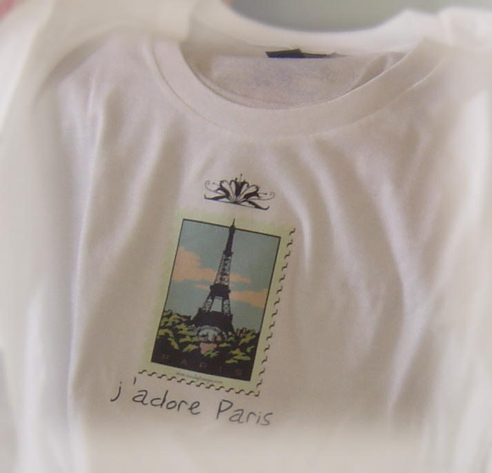 A_french_tee_close_up