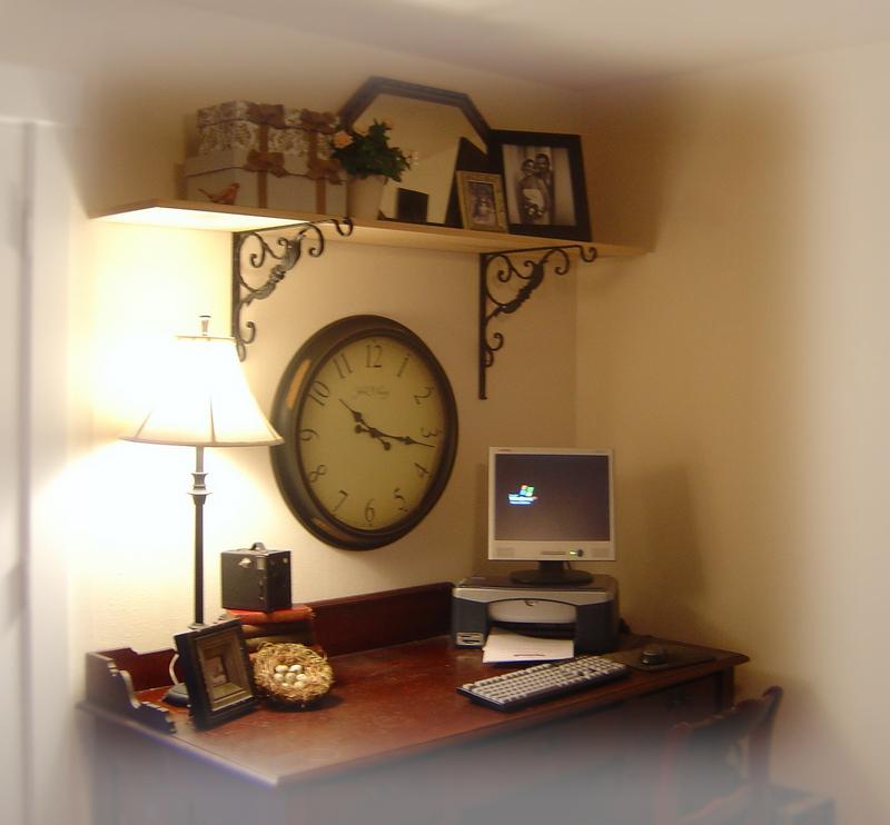 Desk_area_redo