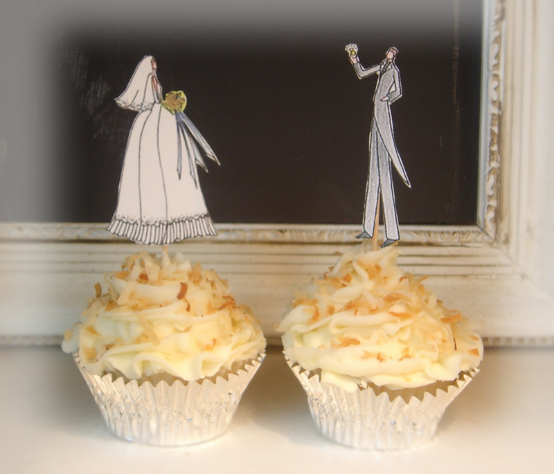 A_bride_and_groom_coconut_cupcake_0