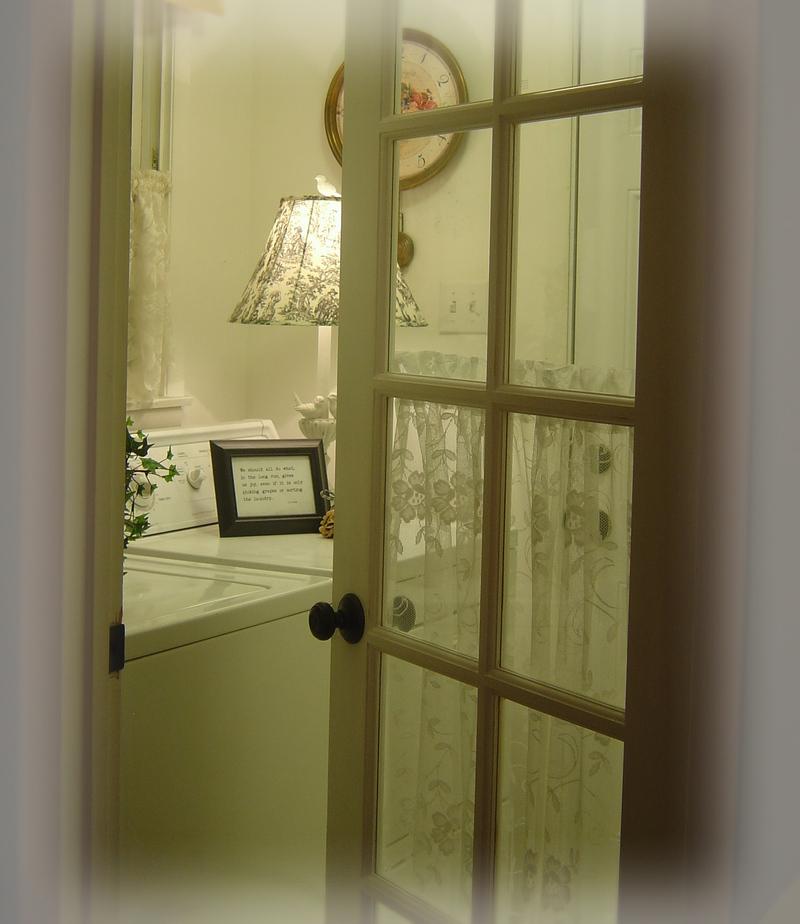 Laundry_room_doorway
