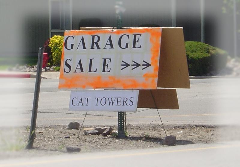 A_yard_sales_006