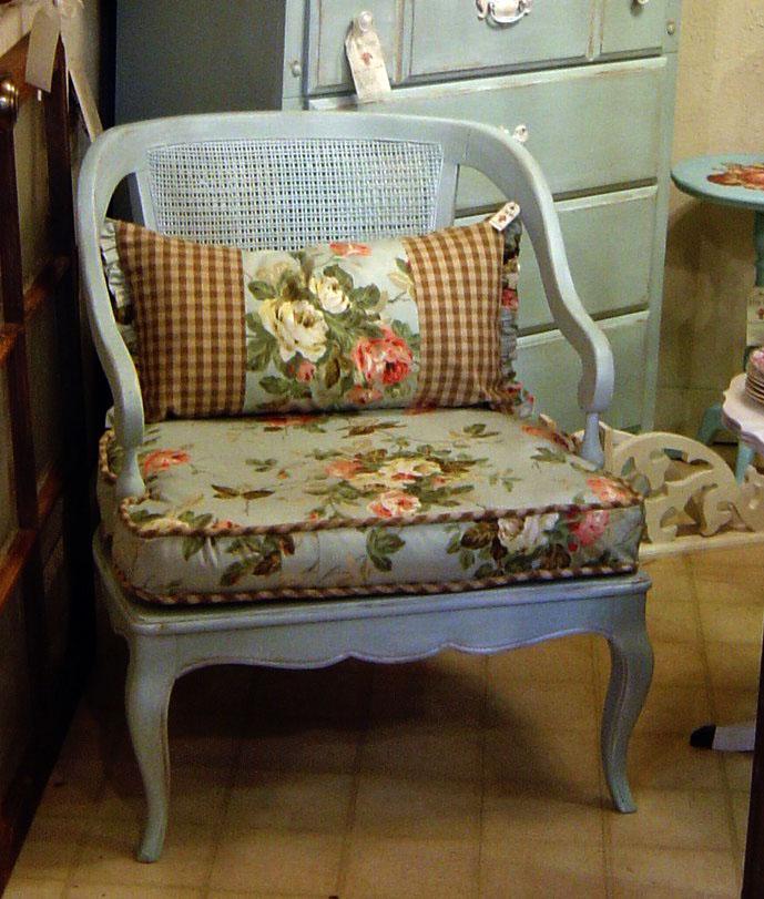 A_charming_chair