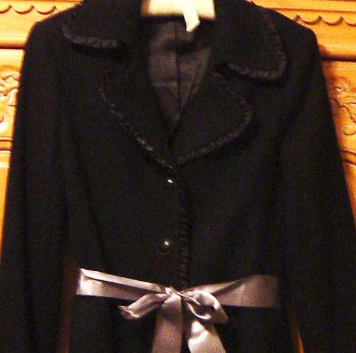 Aa_coats_and_fabric_010
