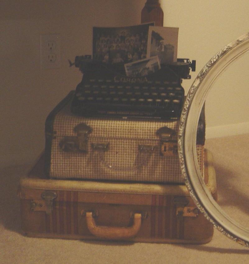 Typewriter_and_such_1